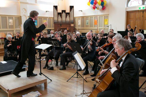 Dirigent Albert van Eeghen Haags Symfonie orkest Euterpe